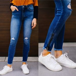 KanCan Medium Wash Ankle Zip Skinny Jeans